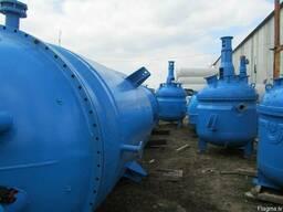 Реакторы, мешалки, с нержавеющей стали 1,6м3. 2м3. 4м3.
